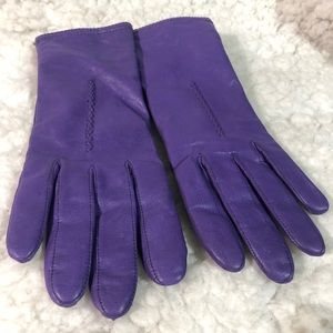 Gloves leather purple size small
